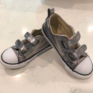 Converse 10 Silver double velcro strap chucks